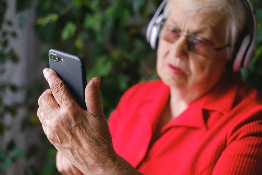 teléfono alzheimer